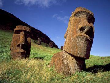 Fly til Easter Island
