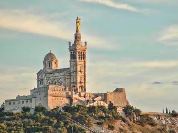 Fly til Marseille