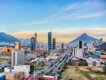 Fly til Monterrey