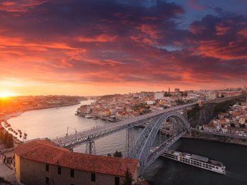 Fly til Porto