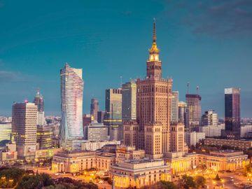Fly til Warszawa