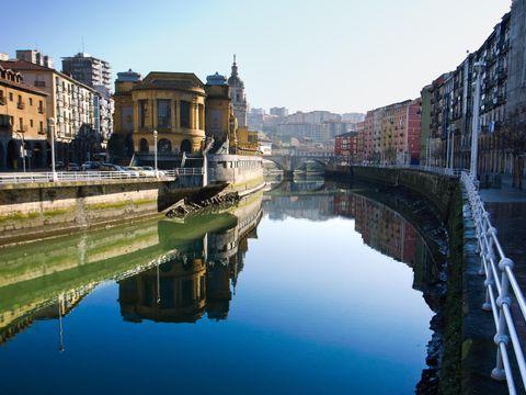 Flybilletter til Bilbao