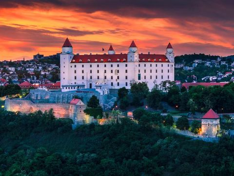 Flybilletter til Bratislava