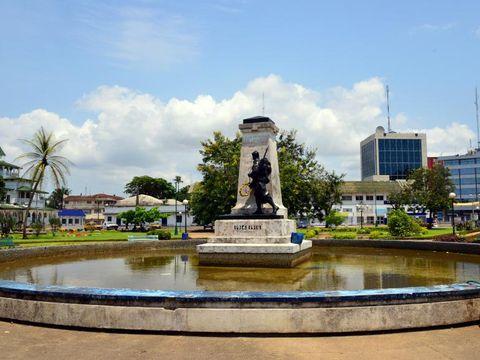 Flybilletter til Douala