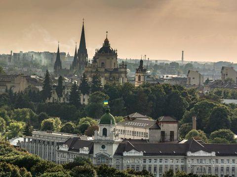 Fly til Lviv