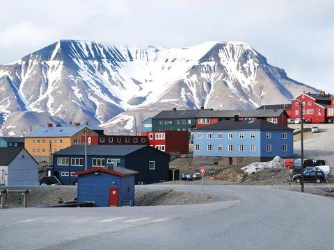 Flybilletter til Longyearbyen