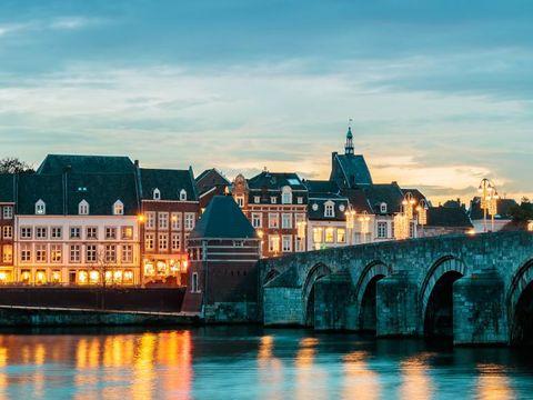 Flybilletter til Maastricht