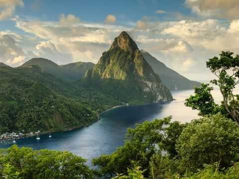 Flybilletter til Saint Lucia