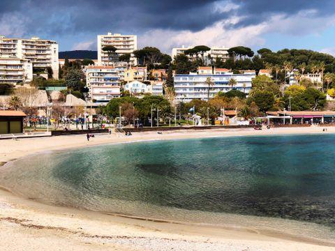 Flybilletter til Toulon