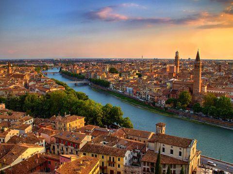 Flybilletter til Verona