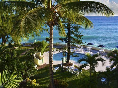 Pakkereiser til Blue Orchids Beach Hotel
