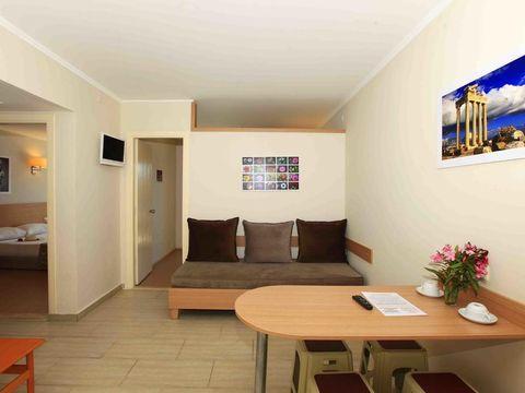 Pakkereiser til Sun City Apartments & Hotel