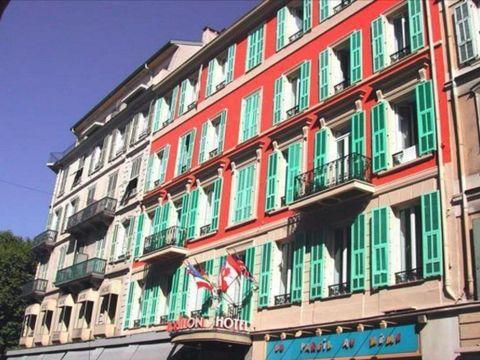 Pakkereiser til Nap by HappyCulture Hotel (ex Crillon Centre Nice