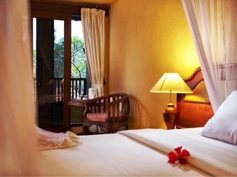 Pakkereiser til Champlung Sari Hotel