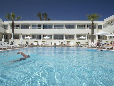 Pakkereiser til Melpo Antia Luxury Apartments & Suites