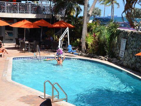 Pakkereiser til Sea Club Resort