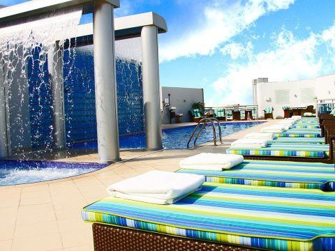 Pakkereiser til Holiday Inn Dubai Al Barsha
