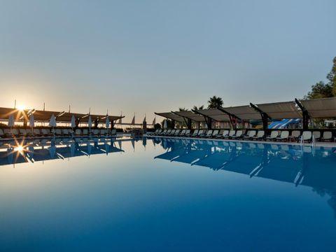 Crystal Flora Beach Resort - All Inclusive