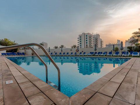 Pakkereiser til Arabian Park Hotel