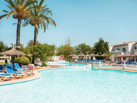 Sea Club Mediterranean Aparthotel & Resort