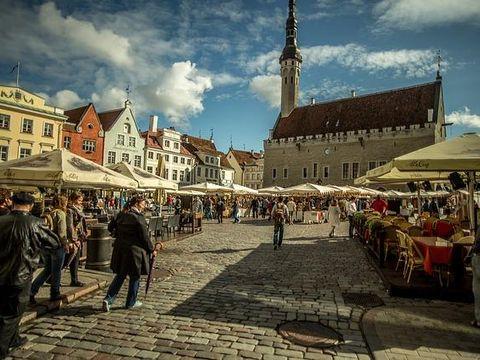 Pakkereiser til Centennial Tallinn