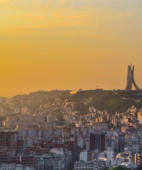 Fly til Algerie