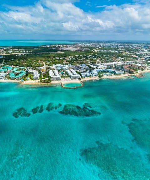 Fly til Caymanøyene