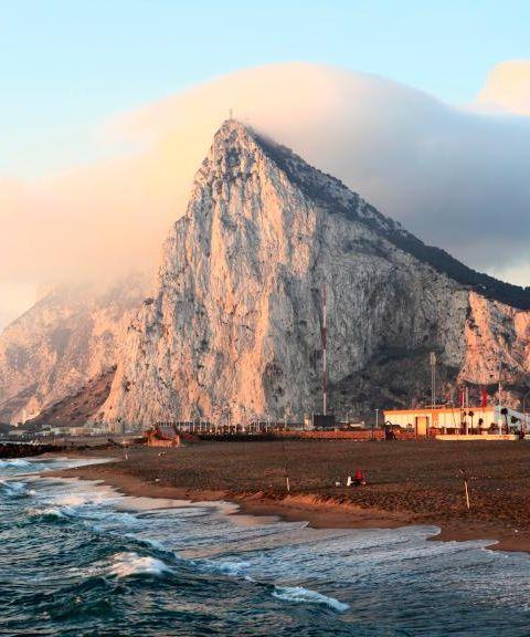 Fly til Gibraltar