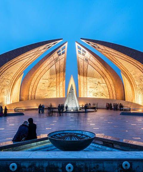 Fly til Pakistan