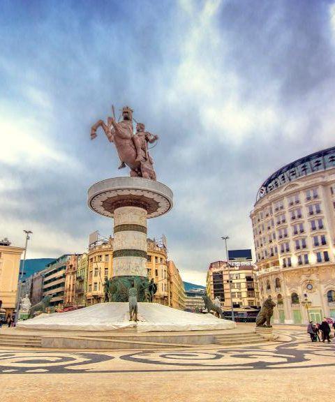 Fly til Makedonia