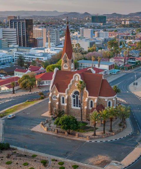 Fly til Namibia
